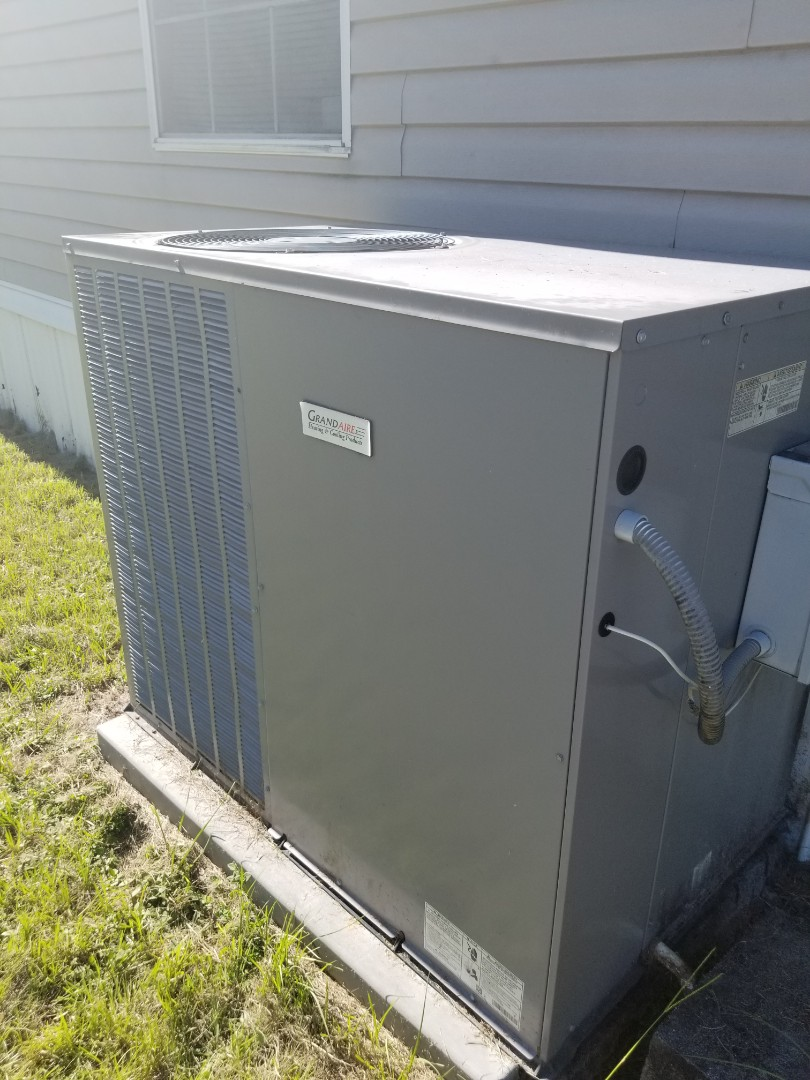 Lake City, FL - Did diagnostic on 3yr old grand Air package unit