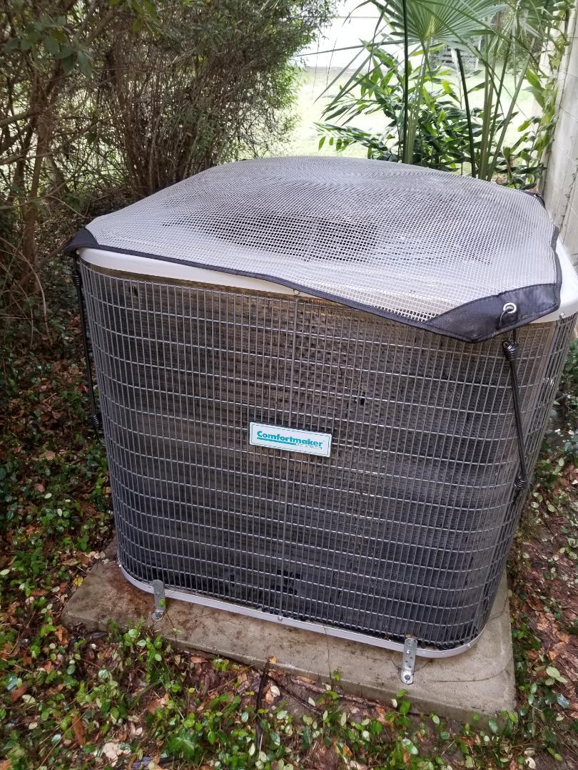 Alachua, FL - Did maintenance on 4yr old comfort maker system
