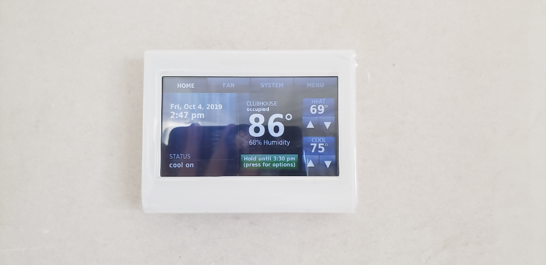 Panama City, FL - Thermostat installed and cooling.  This one is a Smart Thermostat.  Its wi-fi capable and can easily be controlled from your phone or smart hub.  It has already dropped the temperature 2 degrees within a few minutes of turning on.