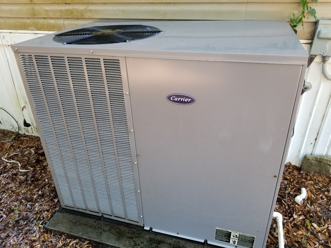 High Springs, FL - Did maintenance on 6yr old carrier package unit