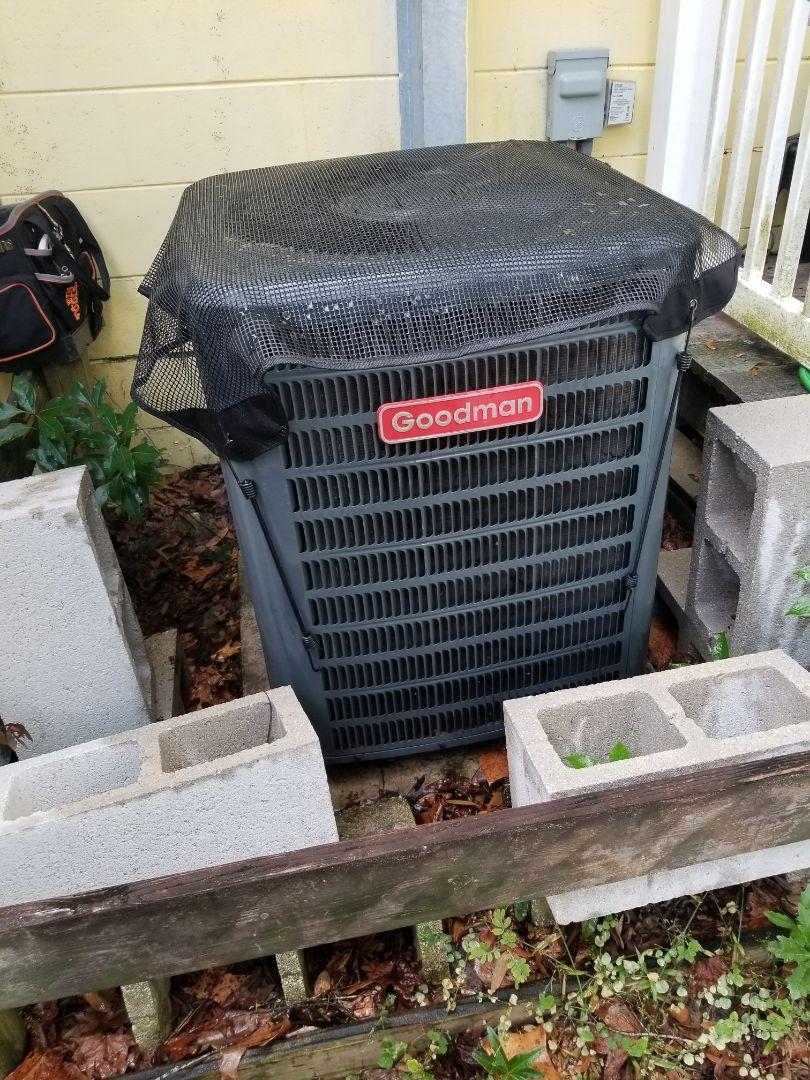 Alachua, FL - Did maintenance on 4yr old Goodman system