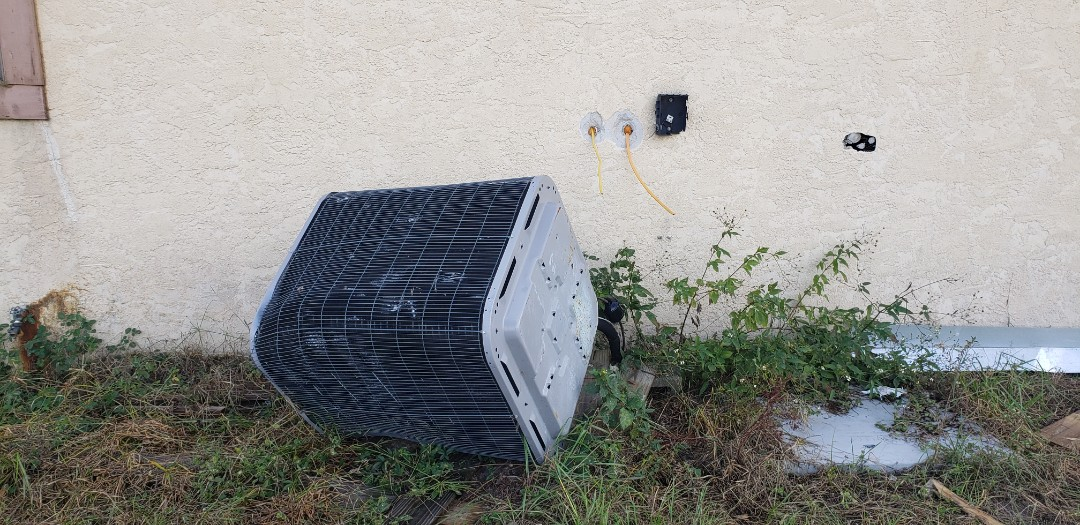 Panama City, FL - New air conditioner in callaway, fl.  This is the before pic.