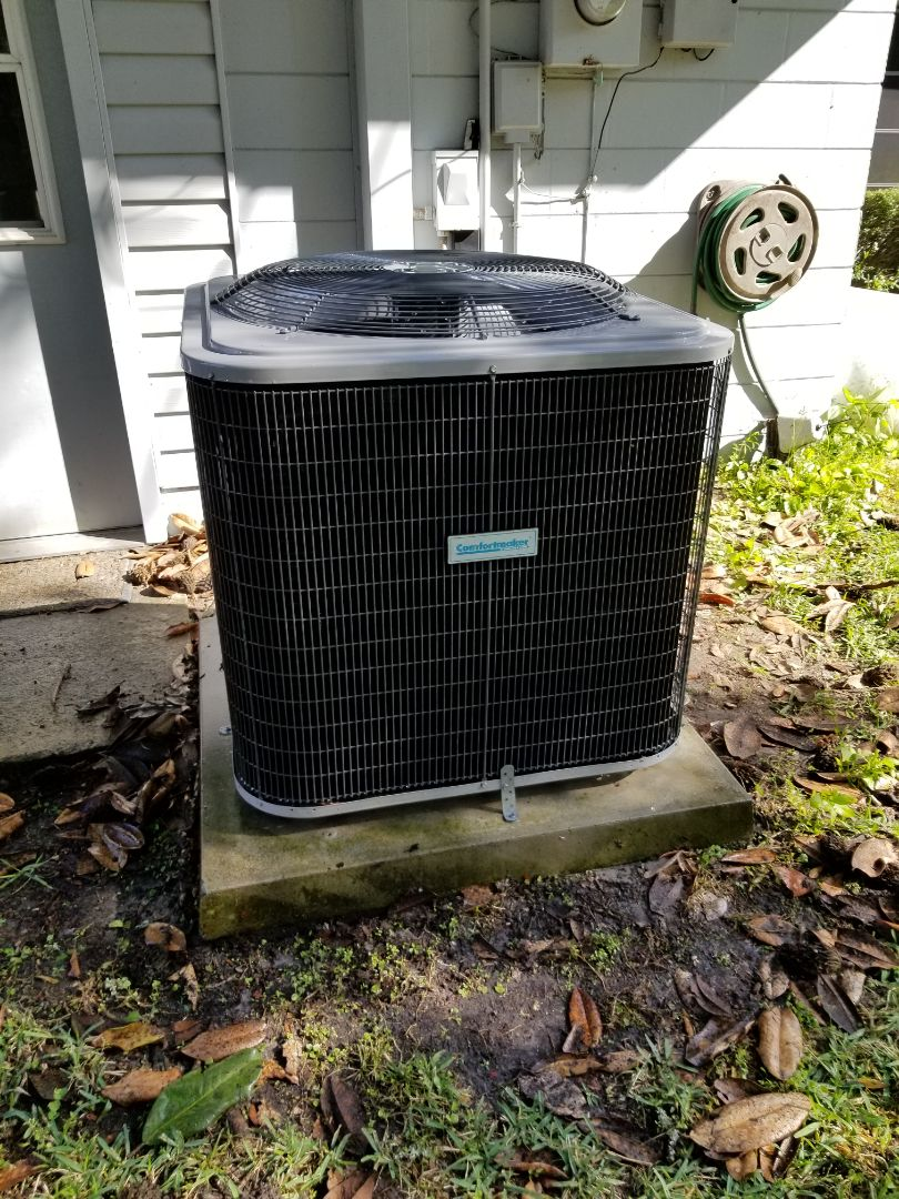 Alachua, FL - Did maintenance on 4yr old comfort maker system
