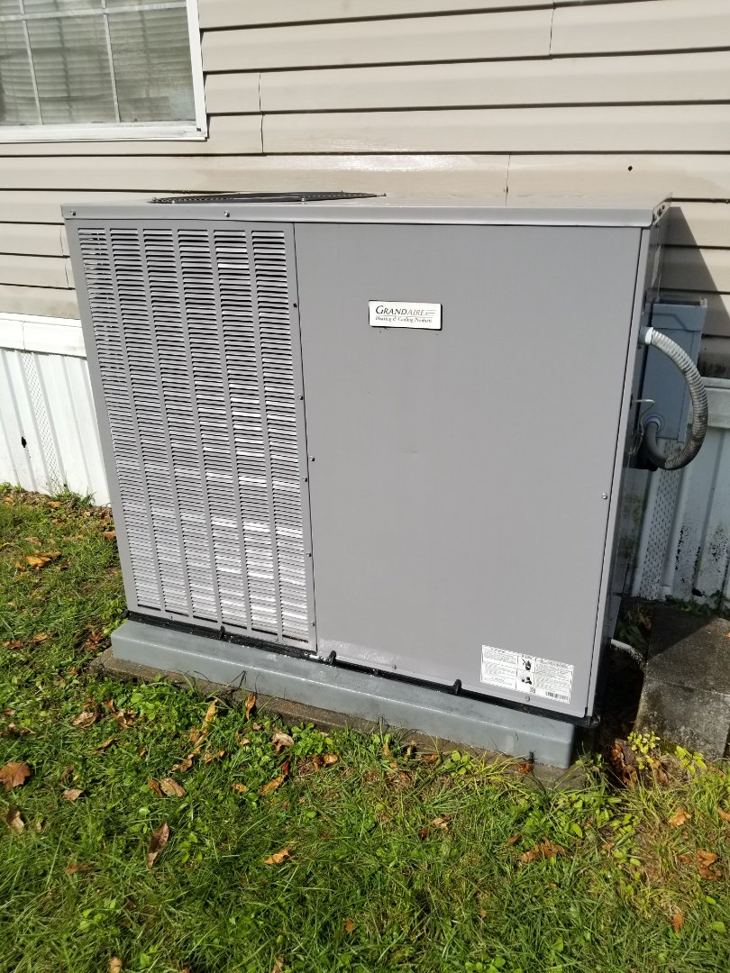 Lake City, FL - Did maintenance on 3yr old Grand Air package unit