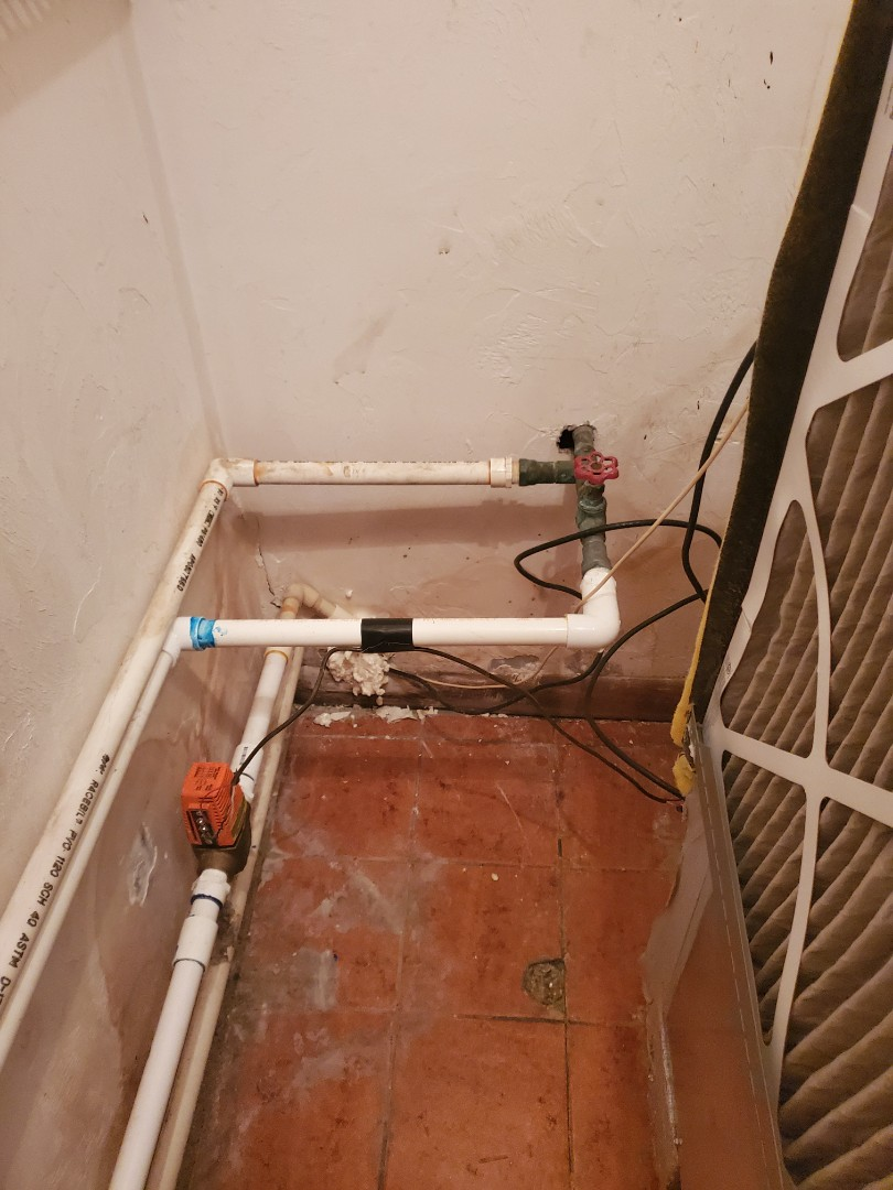 High Springs, FL - Geo thermal heat pump needs more return air.