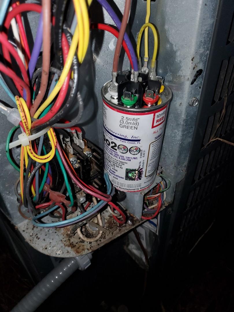 High Springs, FL - Trane heat pump AC condenser needed a new capacitor