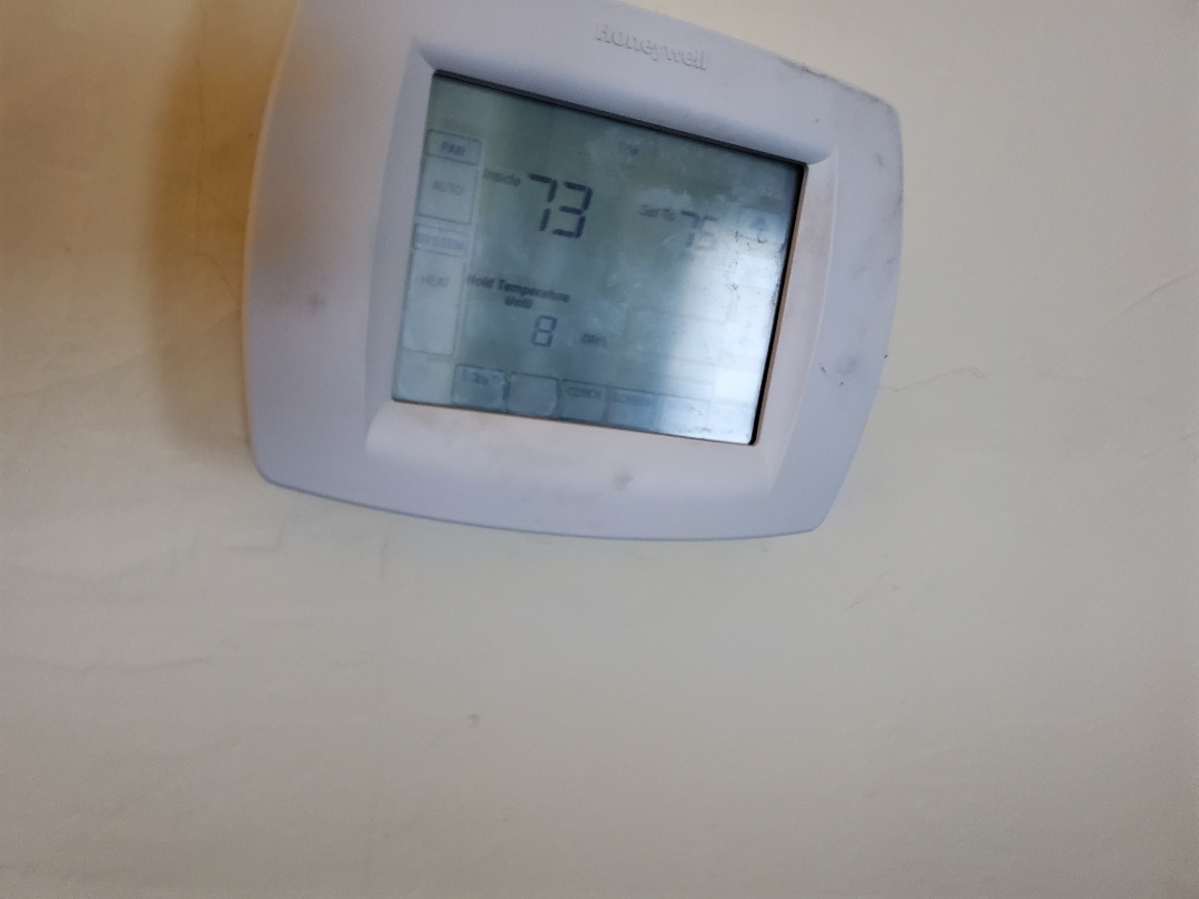 Alachua, FL - Honeywell thermostat problem