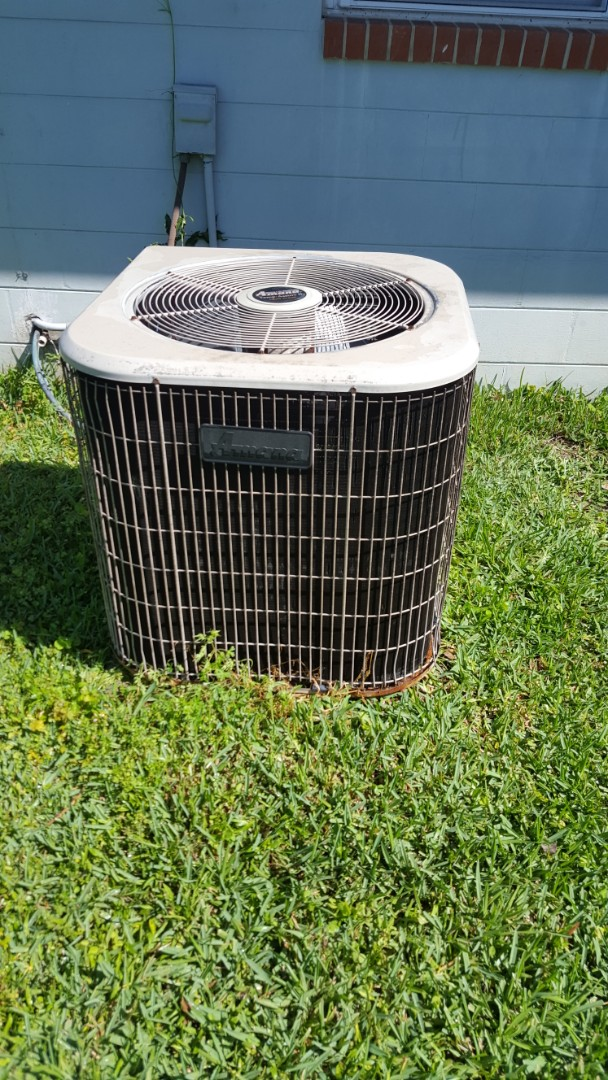 Newberry, FL - Did maintenance on 17 year old Amana system