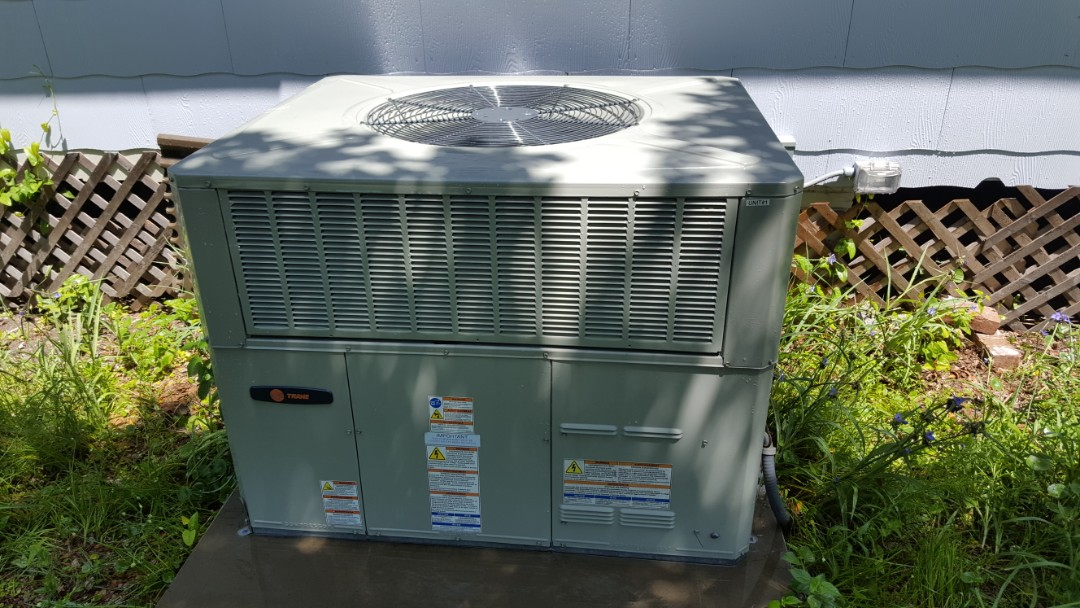 Newberry, FL - Did maintenance on two year old Trane package unit