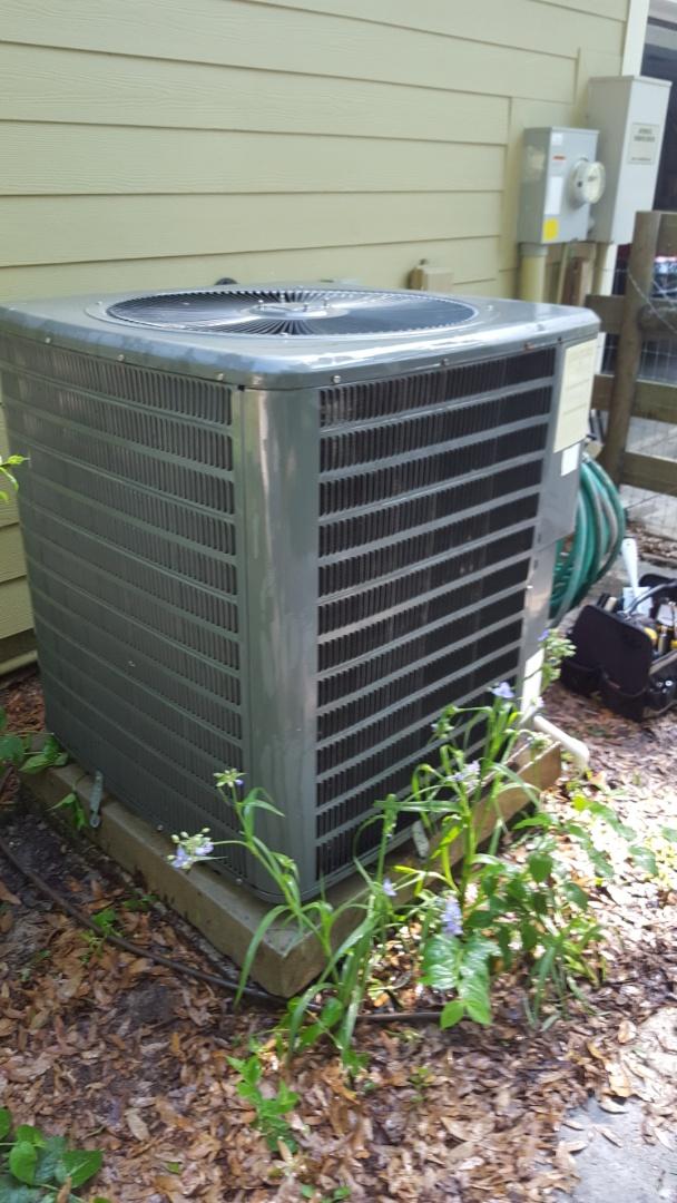 Williston, FL - Installed Nest thermostat on maintenance of 10 year old Goodman system