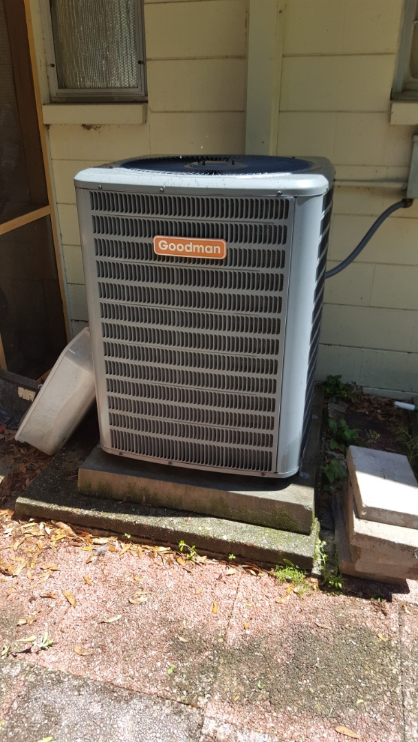 High Springs, FL - Install turbo cap on 8 year old Goodman system on maintenance