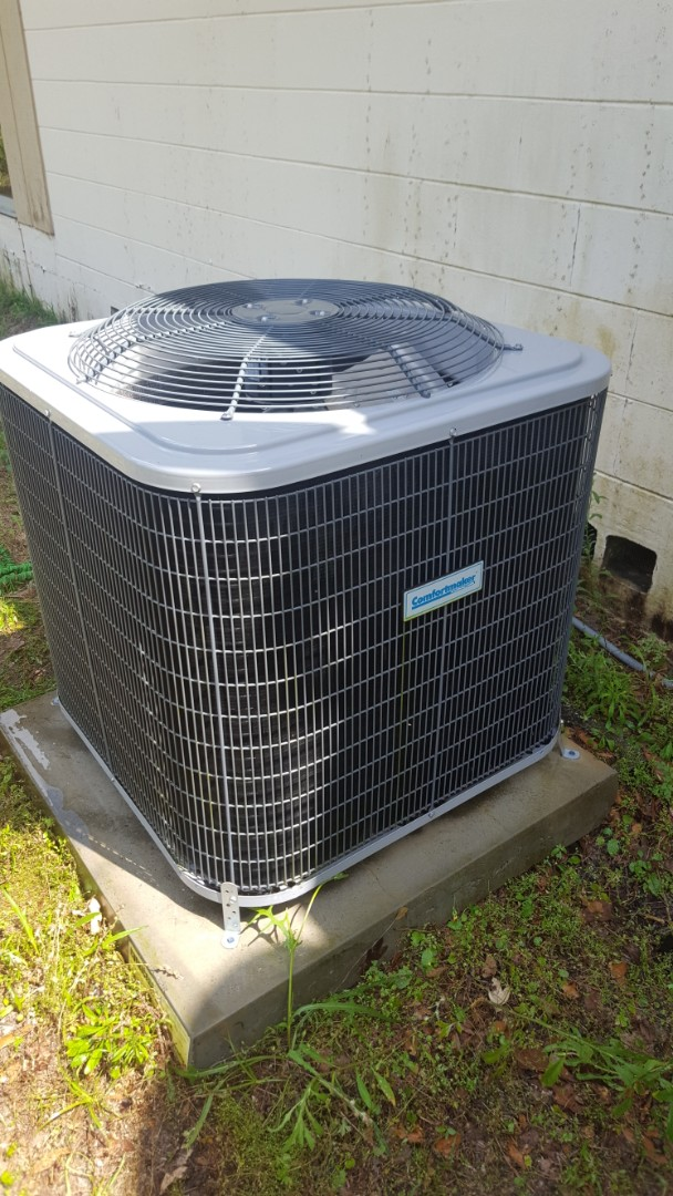 High Springs, FL - Did maintenance on three-year-old Comfortmaker system