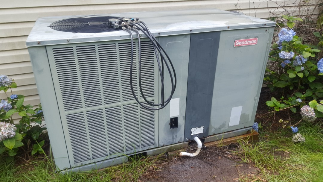 Williston, FL - Did maintenance on 12 year old Goodman package unit
