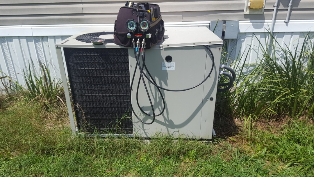 Put a pound of refrigerant R22 in 12 year old nordon package unit