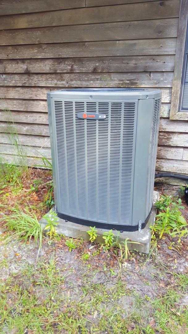 Lake City, FL - Did maintenance on 8 year old Amana system