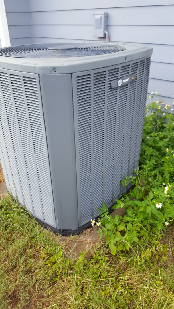 High Springs, FL - Did maintenance on 8 year old train system and dryer vent cleaning