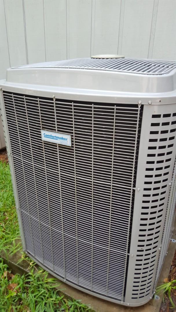 Lake City, FL - Did maintenance on three-year-old Comfortmaker system