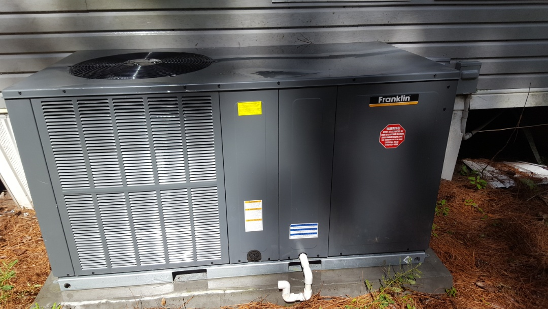 Alachua, FL - Did maintenance on less than 1 year old Franklin package unit