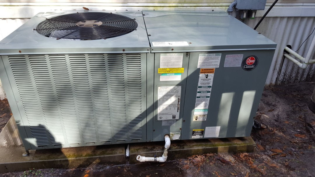 High Springs, FL - Did maintenance on 7 year old Rheem package unit