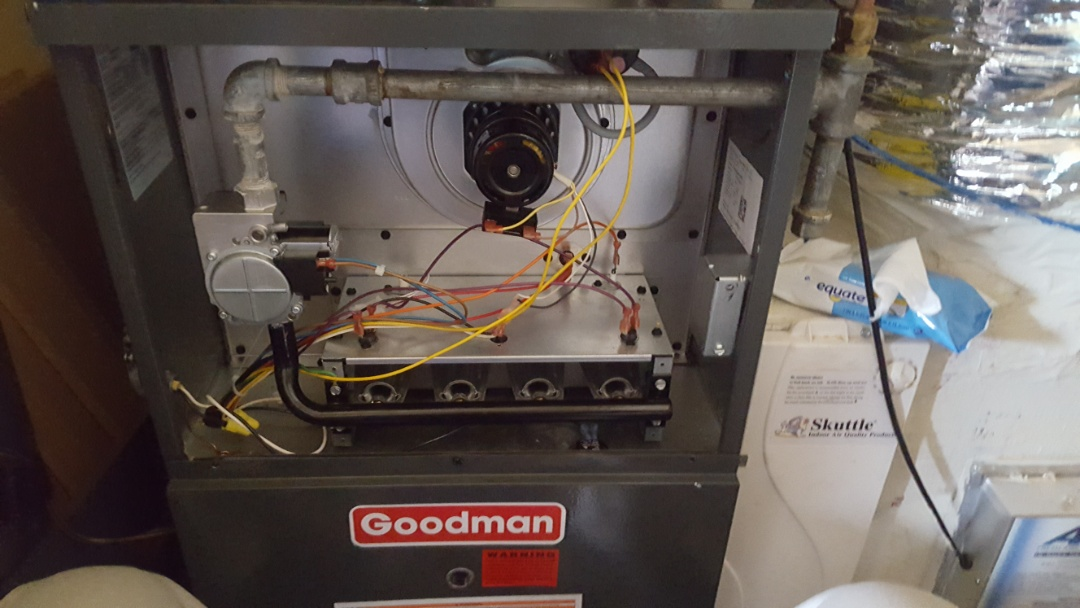 Gainesville, FL - Did maintenance on 6 month old Goodman gas furnace