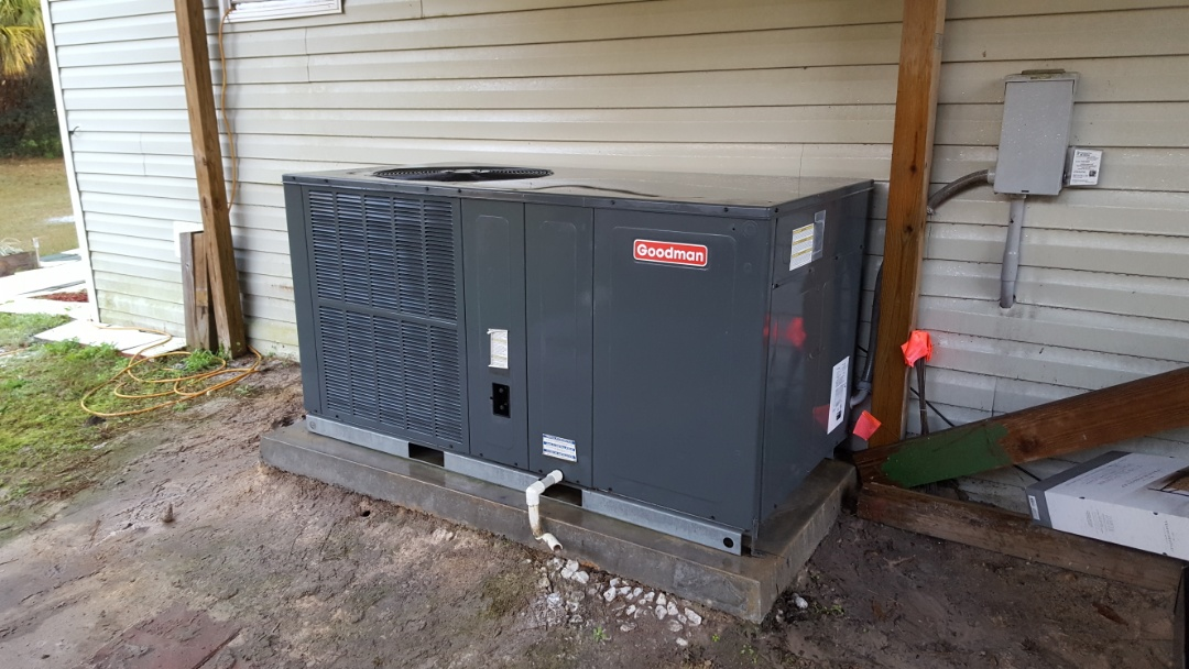 Newberry, FL - Did maintenance on seven and a half year-old Goodman package unit