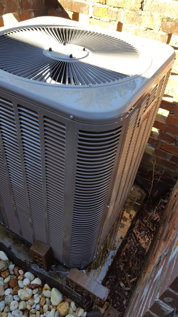 High Springs, FL - Did tune-up on four-year-old Lennox system