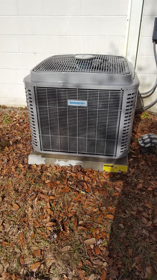 Melrose, FL - Did maintenance on nine-year-old Comfortmaker system