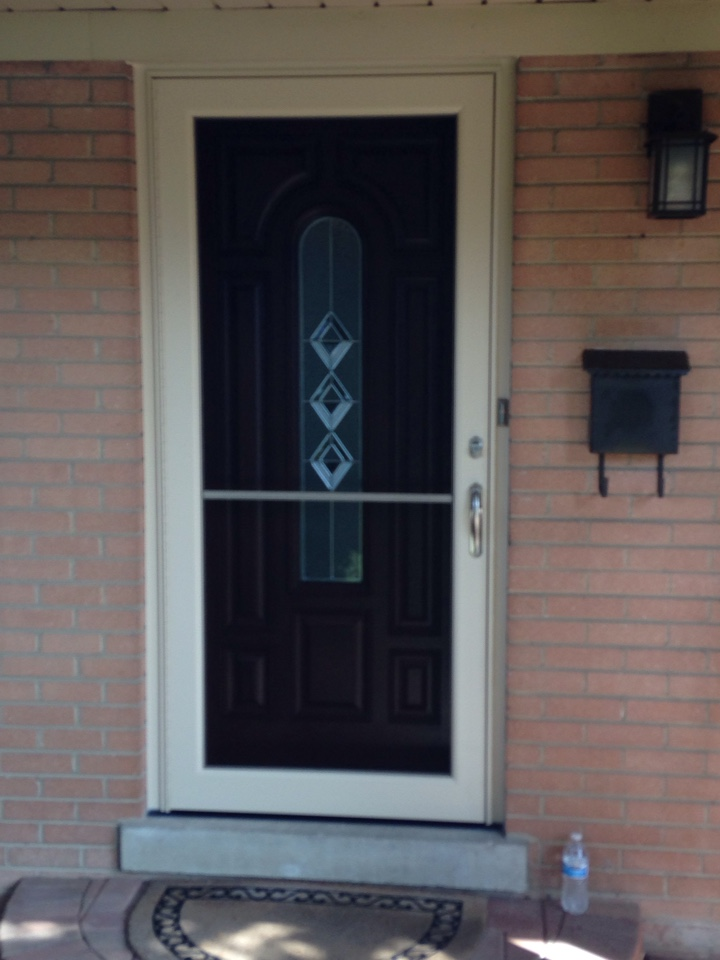 Arlington Heights, IL - Provia stained entry door with storm door