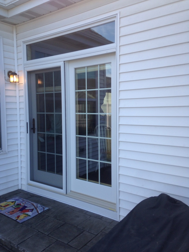 Aurora, IL - Marvin clad hinged patio door with transom and sliding screen