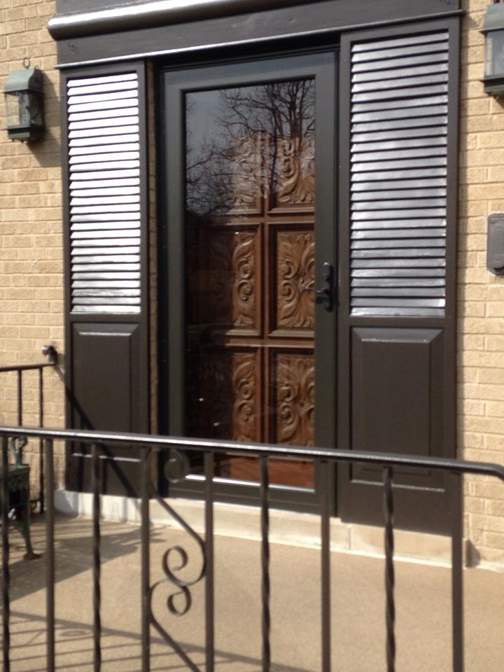 Elmwood Park, IL - Provia storm doors