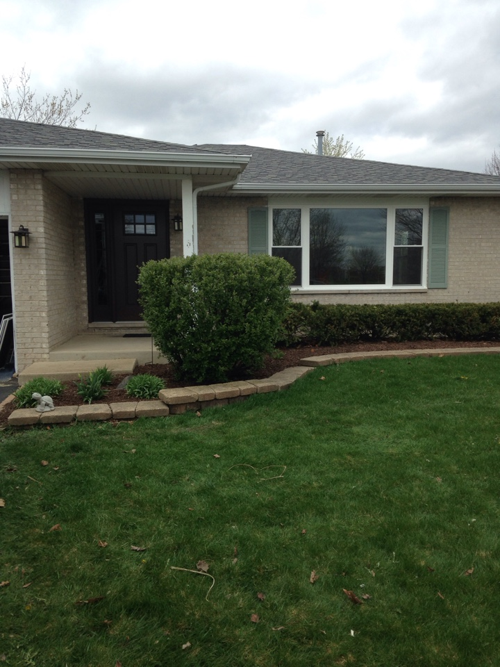 Bolingbrook, IL - Therma Tru door and sidelight with sunrise windows