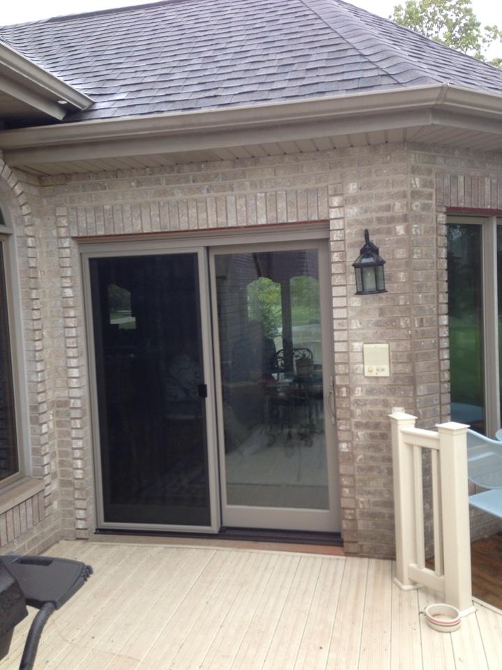 Lockport, IL - Infinity sliding door with pet screen