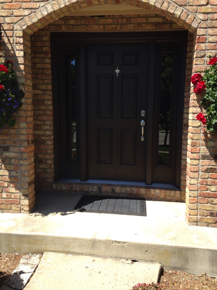 Naperville, IL - Therma Tru door and sidelights stained java stain satin nickel hardware