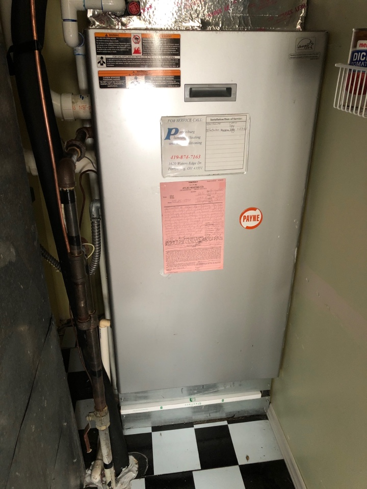 Perrysburg, OH - Working on carrier furnace