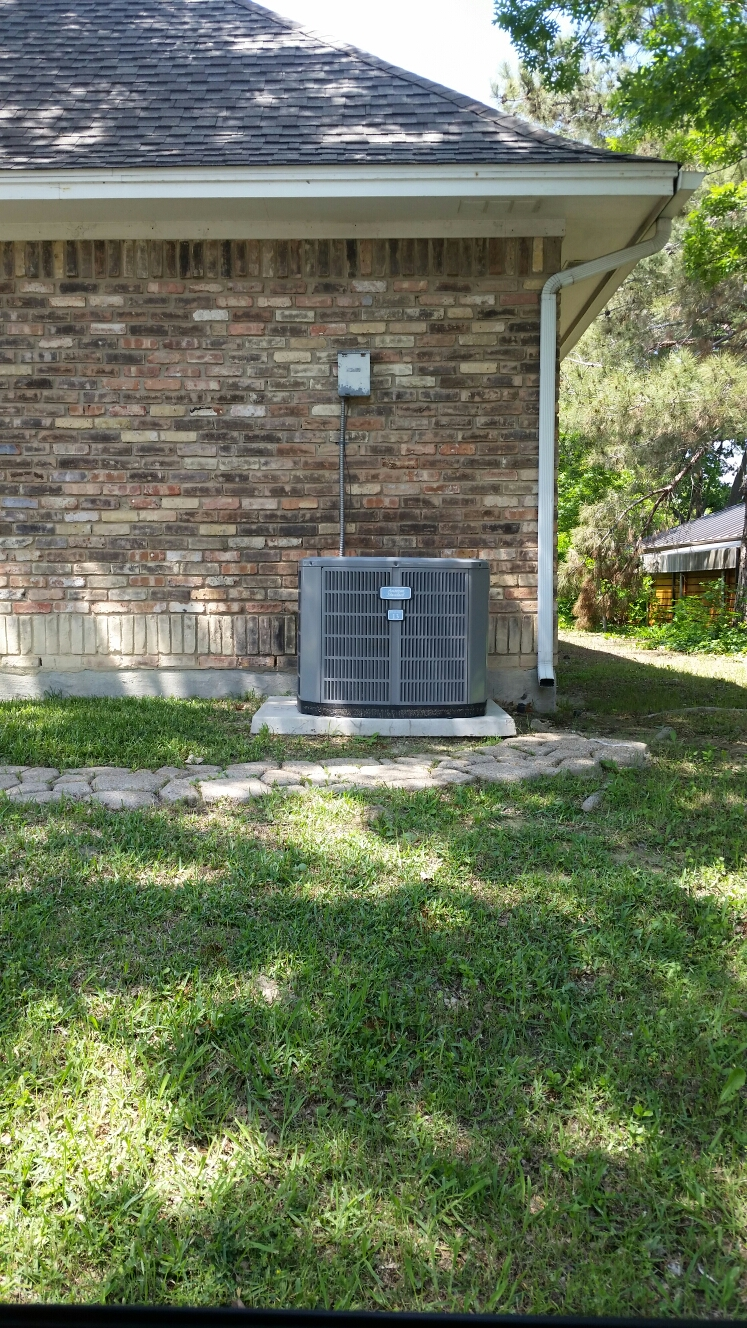 Forney, TX - AC repair Linux 14 seer heat pump air conditioning system repair leak at service valve performed air conditioning service