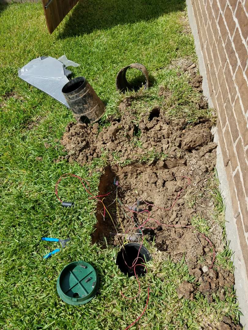 Houston, TX - Replacing sprinkler valves