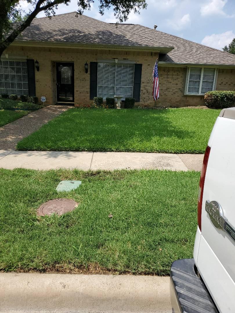 Carrollton, TX - Fix main line leak.