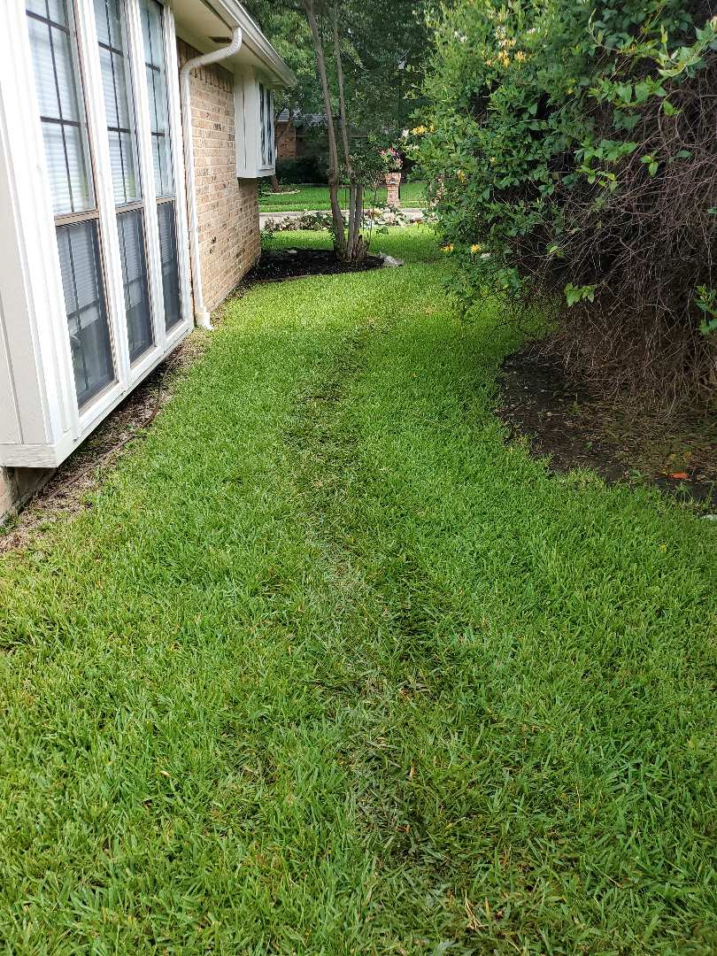 Carrollton, TX - Sprinkler system repairs,  Replaced old controller and Fix drip leaks.