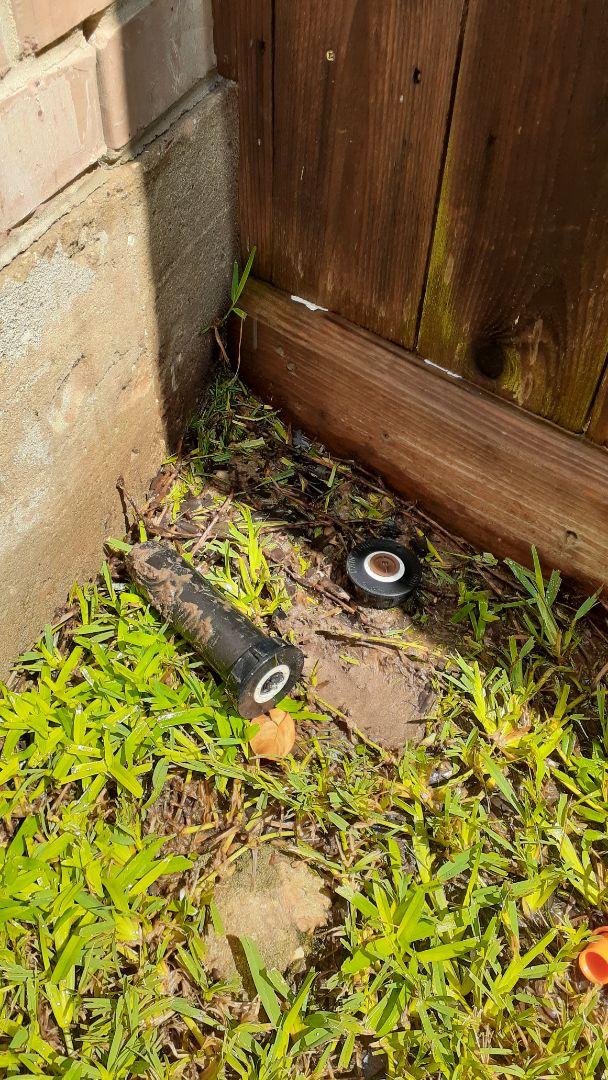 Tomball, TX - Replacing sprinkler heads