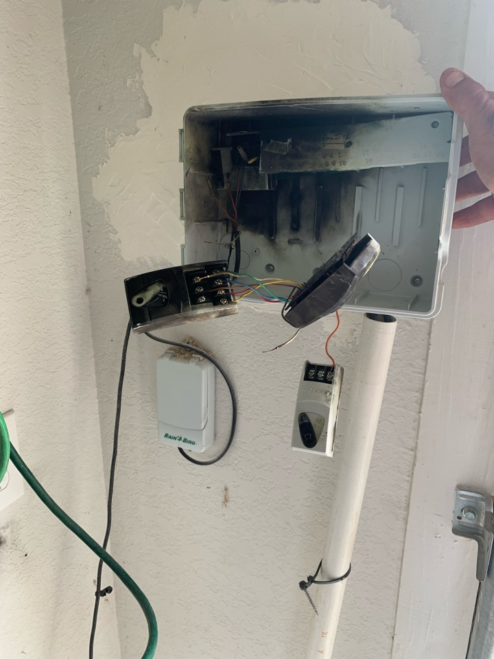 Boerne, TX - Replacing timer and irrigation repairs