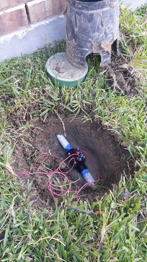 Spring, TX - Replacing sprinkler valves
