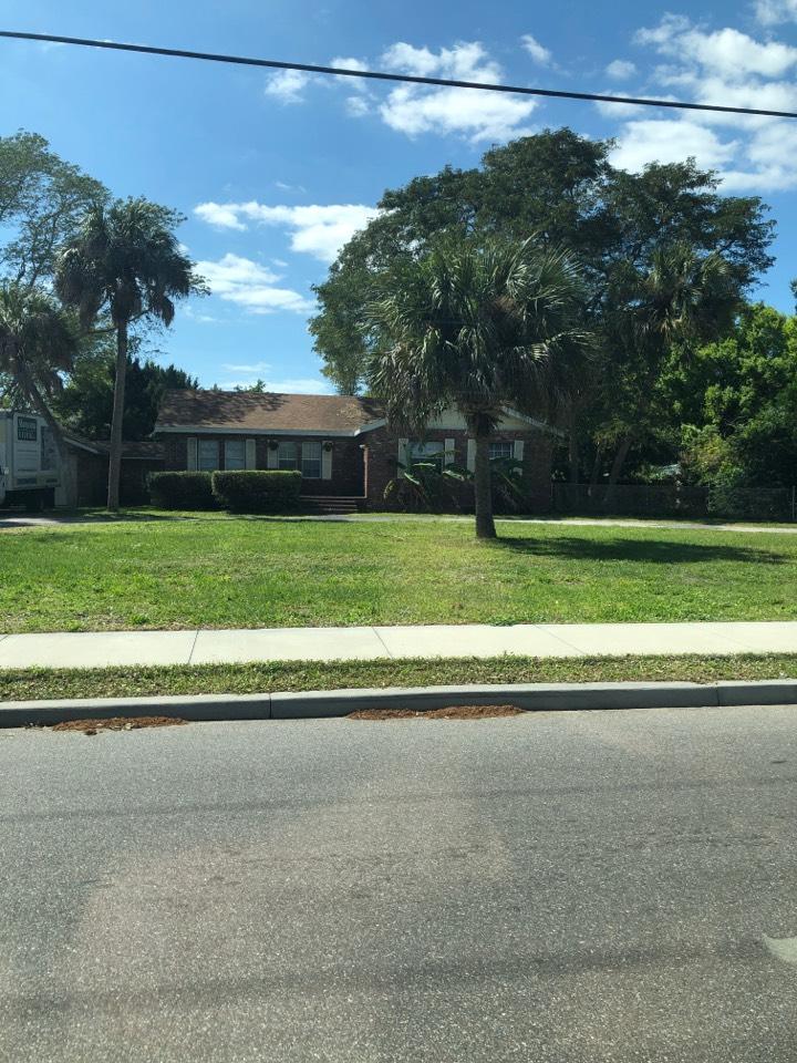 Bradenton, FL - Installing new Gaf Lifetime Roof