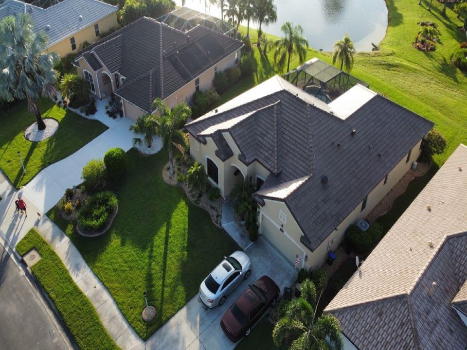 North Port, FL - Finished Boral Tile (Profile: Saxony 900 Slate) (Color: Espresso Blend)