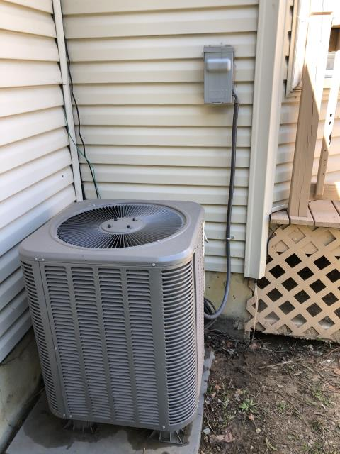 Springboro, OH - Upon arrival client stated unit was not keeping temp. Removed filter and Washed outside unit W/garden hose. I added 1.5 Refrigerant R-410A Puron to the 2013 Lennox Air Conditioner