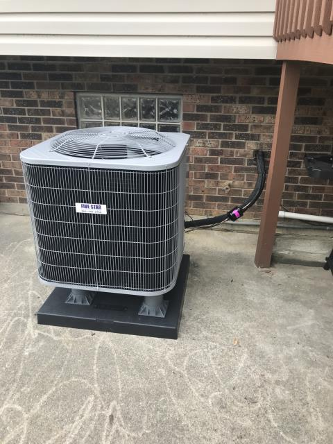 Waynesville, OH - I performed a tune up on a Five Star 14 SEER 2.5 Ton Heat Pump. Everything checked out within specs. System is operational upon departure.