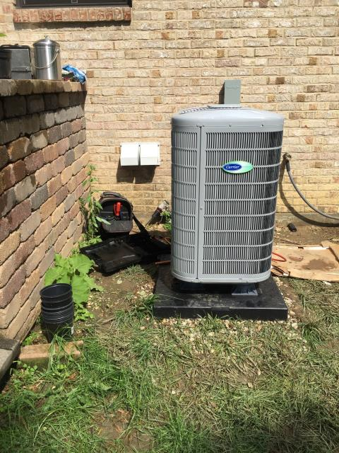 """Dayton, OH - I performed a tune up and safety check on a Carrier """"Infinity Series"""" 18 SEER Variable-Speed 3 Ton Heat Pump.  I found that the return air filter was dirty so I changed it.  No other issues were found and the system was operating according to manufacturer's specifications upon my departure."""