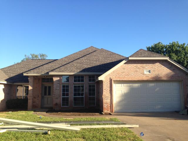 "Granbury, TX - Roof Install:  Tamko Heritage (Natural Timber),  seamless 5"" gutters,  new garage door and lift."