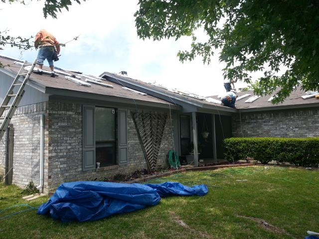 Burleson, TX - Roof Install: GAF Timberline Natural Shadow - (Weathered Wood) Shingles.