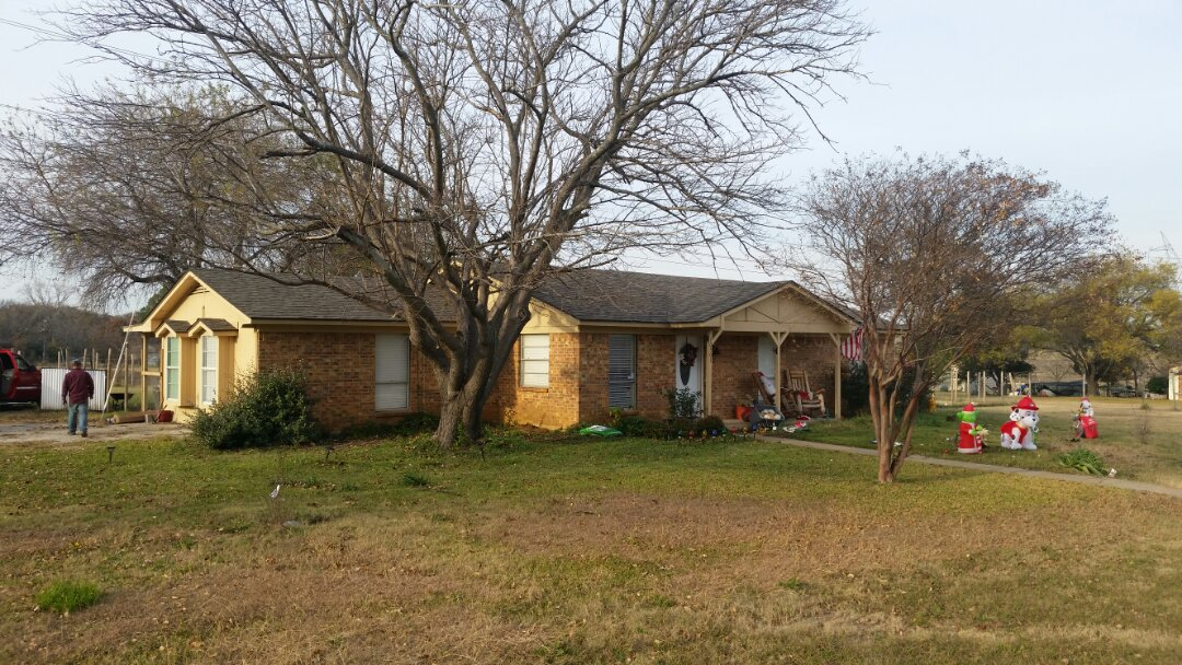 Crowley, TX - Installed Owens Corning Oakridge shingles -Driftwood due to hail damage.