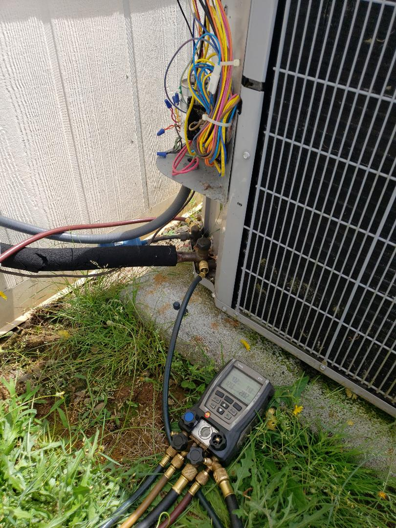 Oregon City, OR - Wellness check on ac side of a heat pump